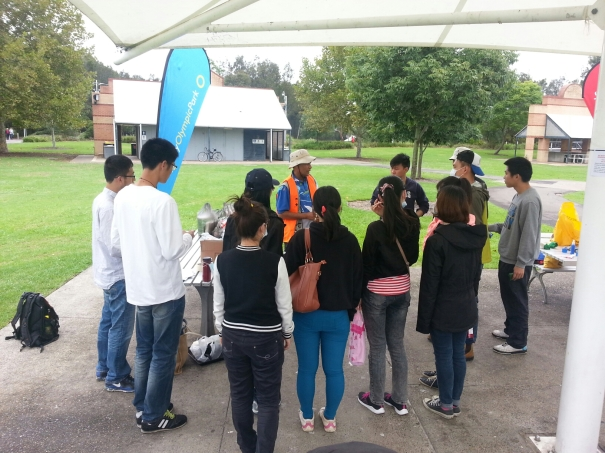 Dr Swapan inducting volunteers for Clean Up Australia Day