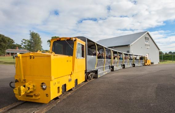 _PKR0748 Heritage train.jpg